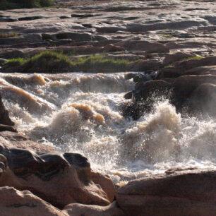 Lugard Falls Galana River v2